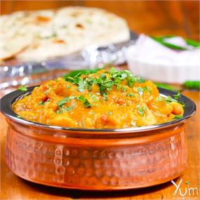 Aloo Rasedar With Butter Naan